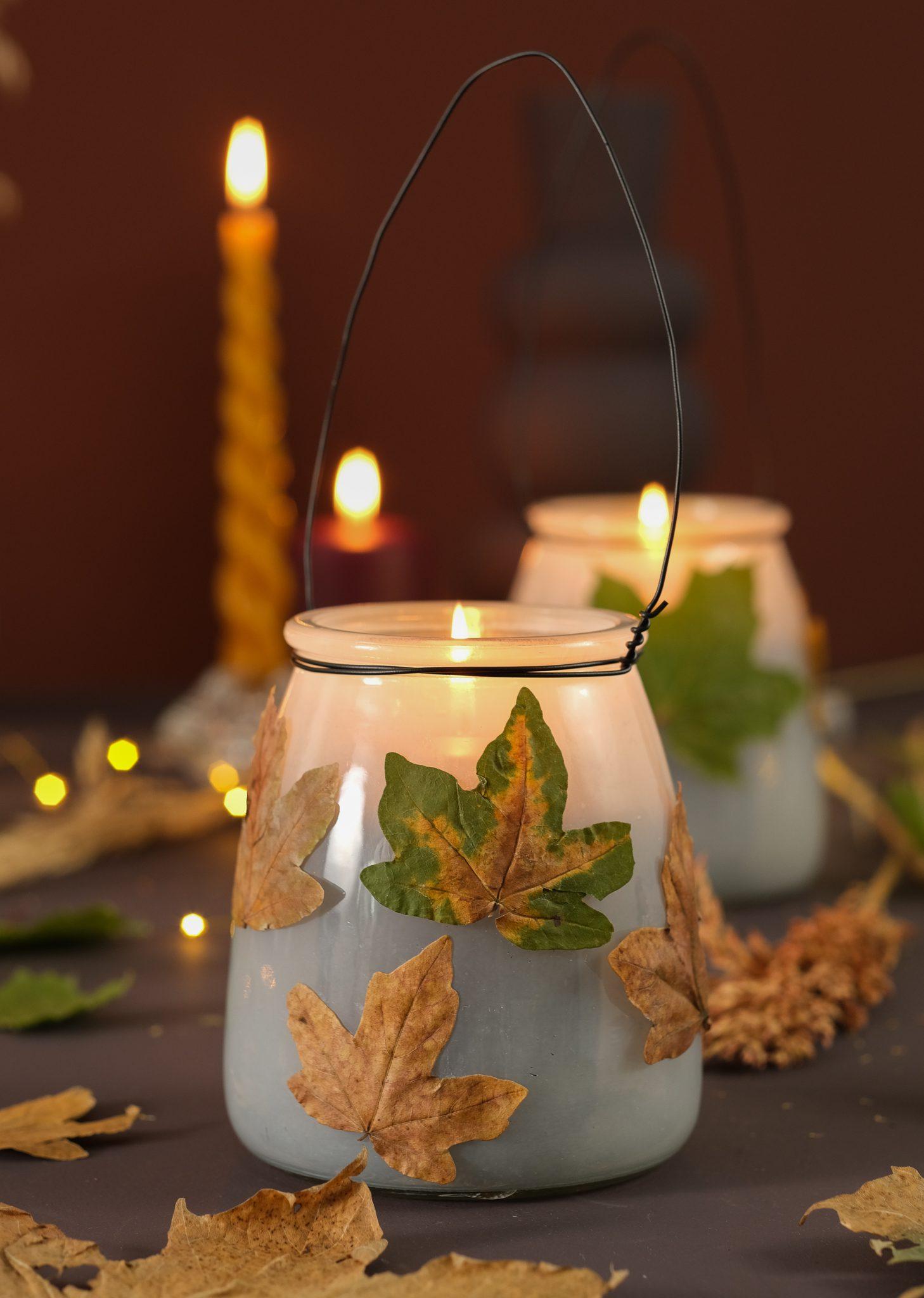 Kreativ med blade. Tør dine blade. Brug dem som bordpynt eller på dine lanterner.
